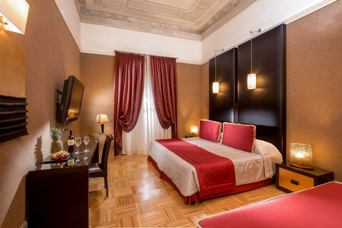 Hotel-Morgana-Rome-luxury-room-
