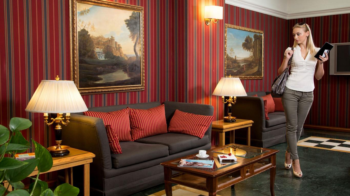 Hotel-Morgana-Rome- hall-IMG-1740