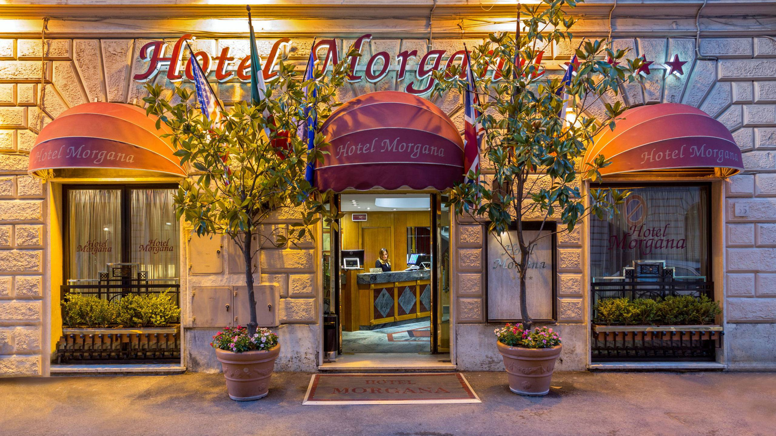 Hotel-Morgana-Rome-entrance-1
